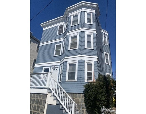 9 Beds, 3 Baths home in Boston for $988,000