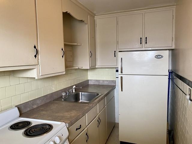 473 N. Warren Avenue Brockton MA 02301