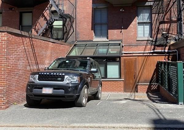 129 Beacon Boston MA 02116