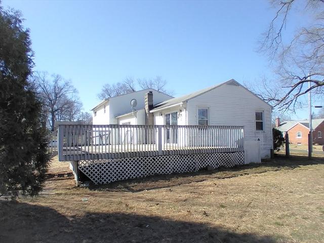 23 Dixie Terrace Chicopee MA 01020