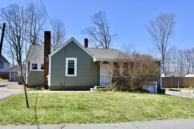 52 Forest Street Middleboro MA 02346