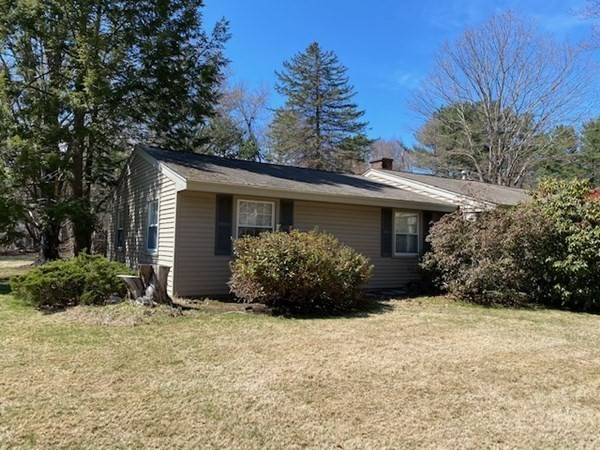 11 Donna Road Chelmsford MA 01824