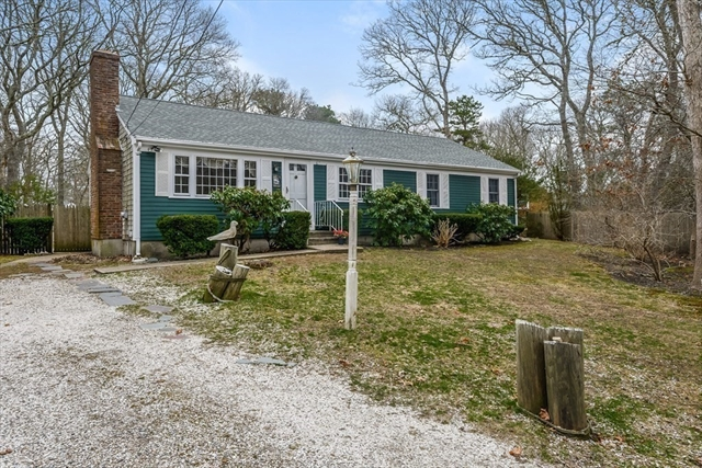 18 Grouse Lane Barnstable MA 02601