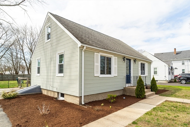 445 Robinson Avenue Attleboro MA 02703