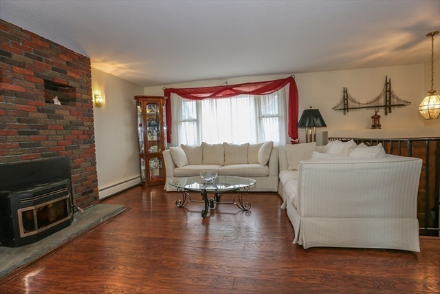 29 Leighton Avenue Clinton MA 01510