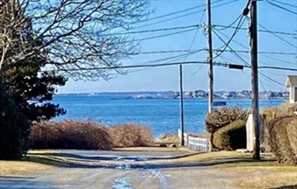 8 Gull Island Road Fairhaven MA 02719
