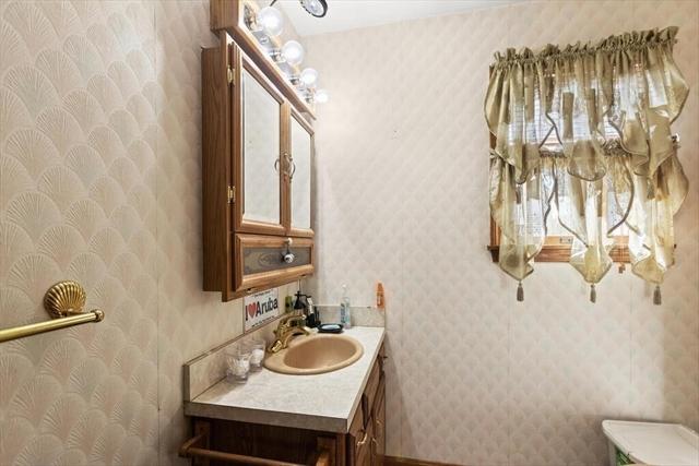 34 Grampian Way Weymouth MA 02188