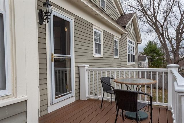 71 Holbrook Avenue Lowell MA 01852