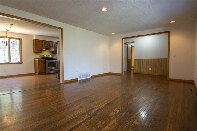 1297 General Knox Road Russell MA 01071