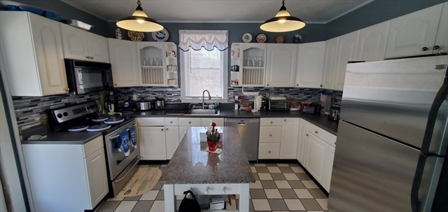 32 Thompson Road Webster MA 01570