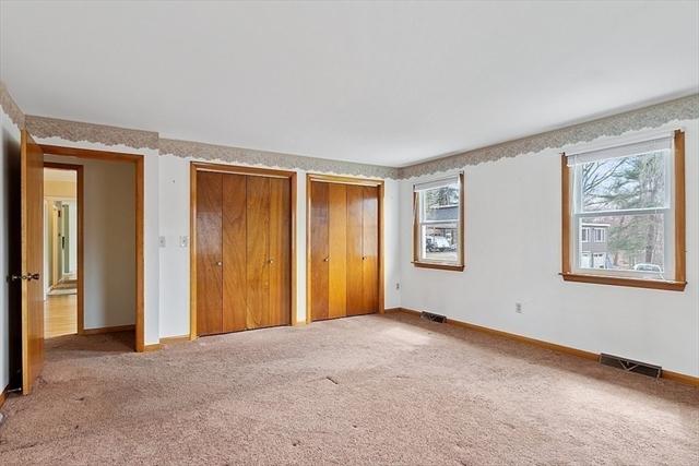37 Woodlawn Avenue Chelmsford MA 01824