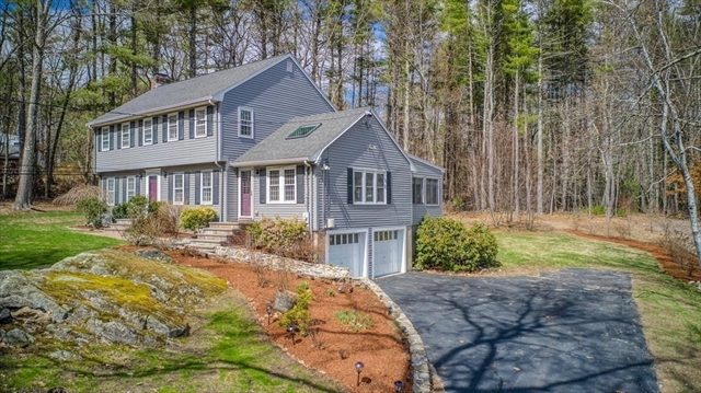 35 Gould Road Bedford MA 01730