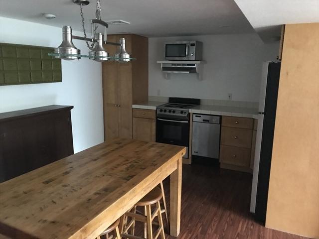 810 Wilbur Avenue Swansea MA 00277
