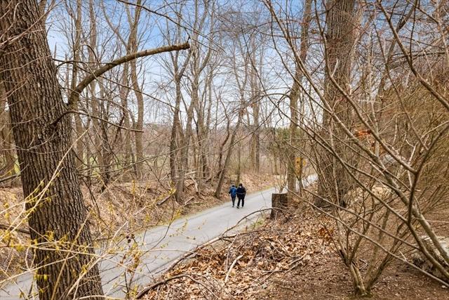 449 Old Marlboro Road Concord MA 01742