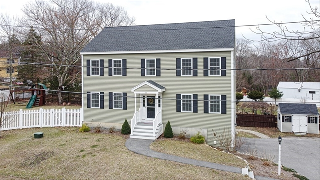 111 MARBLEHEAD Street North Reading MA 01864