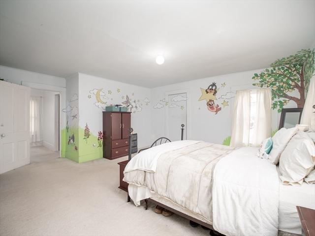 179 10Th Street Lowell MA 01850