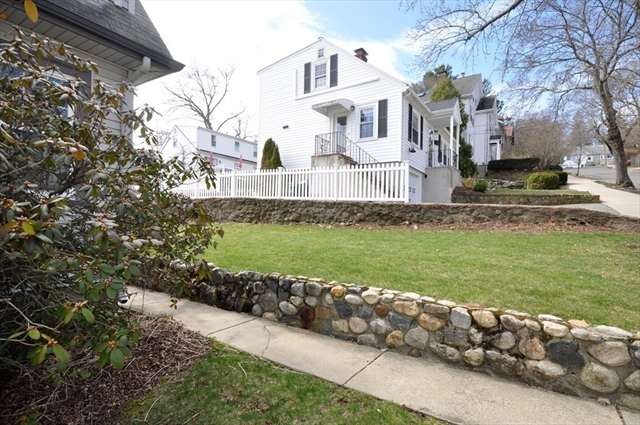 82 Menotomy Road Arlington MA 02476