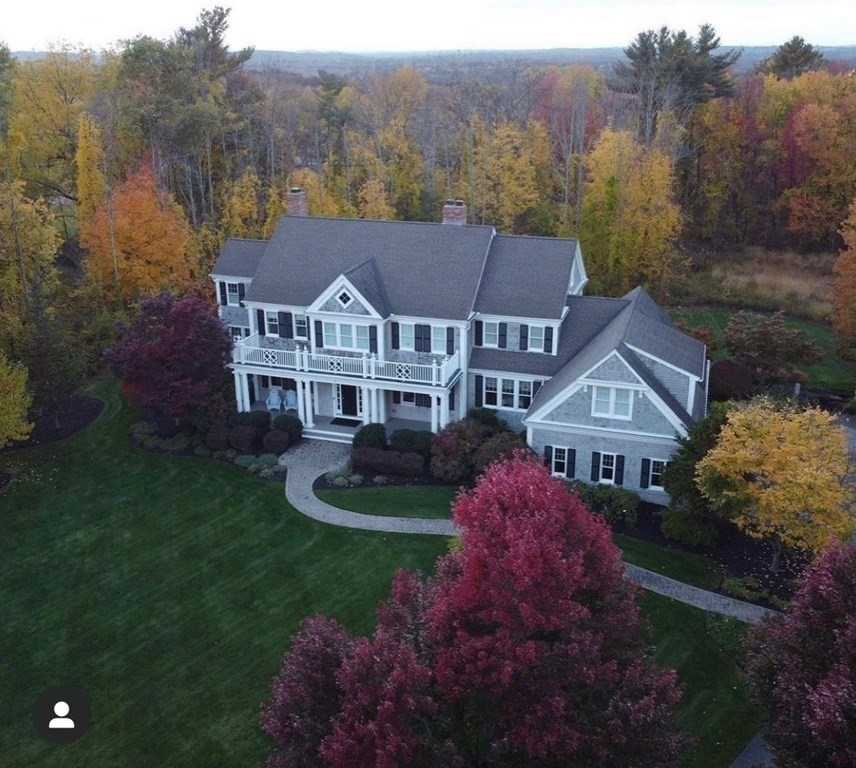 Photo of 8 High Meadow Rd Andover MA 01810