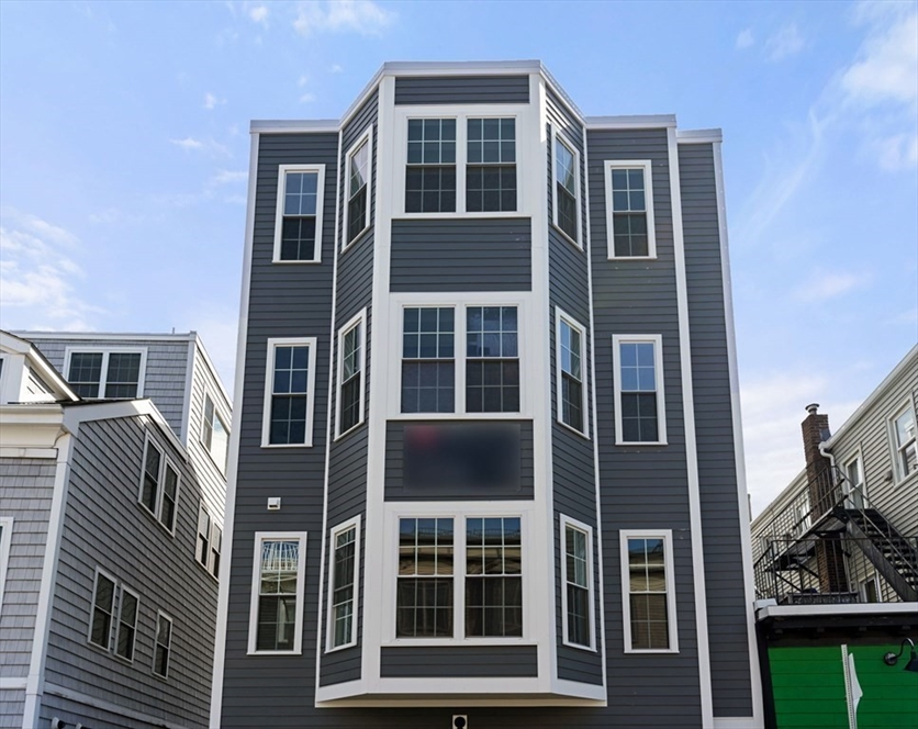 194 K, Boston, MA Image 17