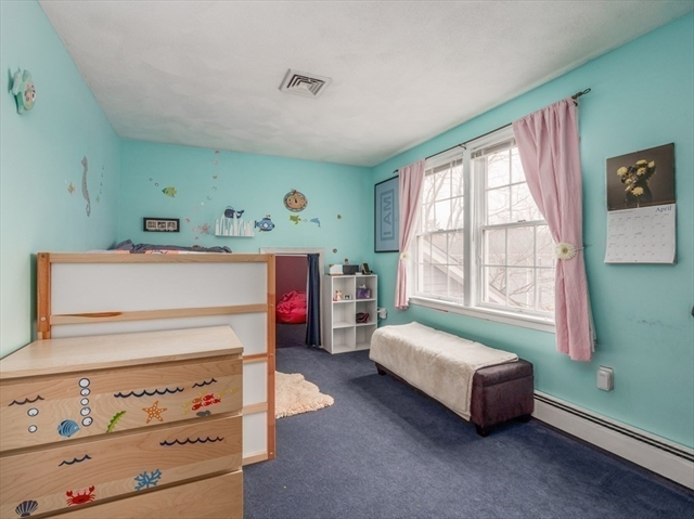 5 Earles Row Wilmington MA 01887