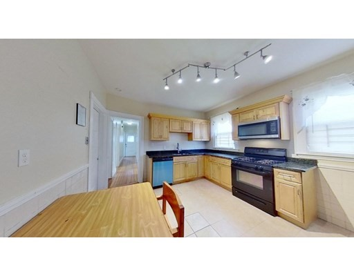 46 Neponset Ave, Boston - Dorchester, MA 02122