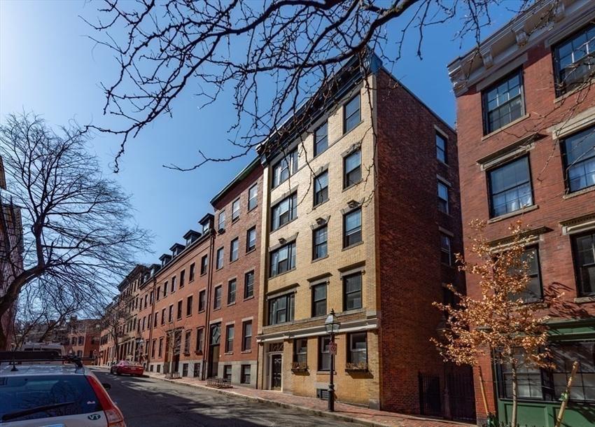 76 W Cedar St, Boston, MA Image 11