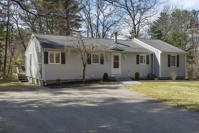 207 Park Road Chelmsford MA 01824