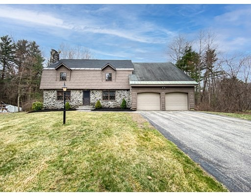 4 Beds, 3 Baths home in Andover for $715,000