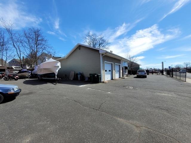 731 Liberty Street Springfield MA 01104