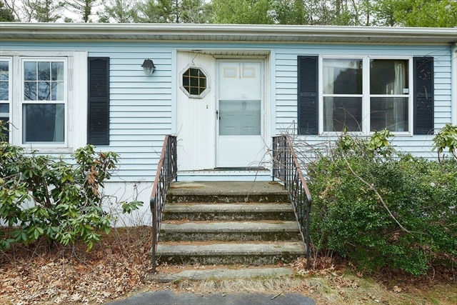 13 Foxtail Drive Kingston MA 02634