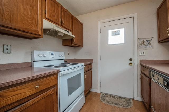 14 Underwood Avenue Framingham MA 01702