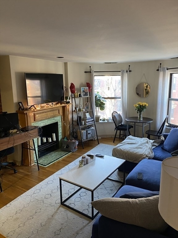 103 Gainsborough Boston MA 02115