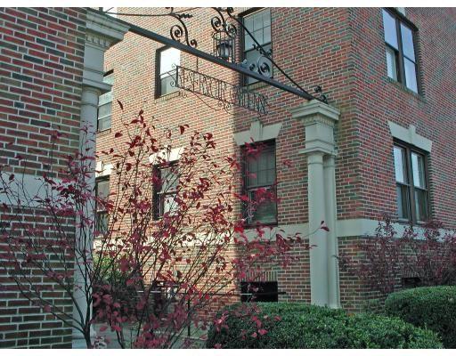 1982 Commonwealth Ave Unit 4, Boston - Brighton, MA 02135