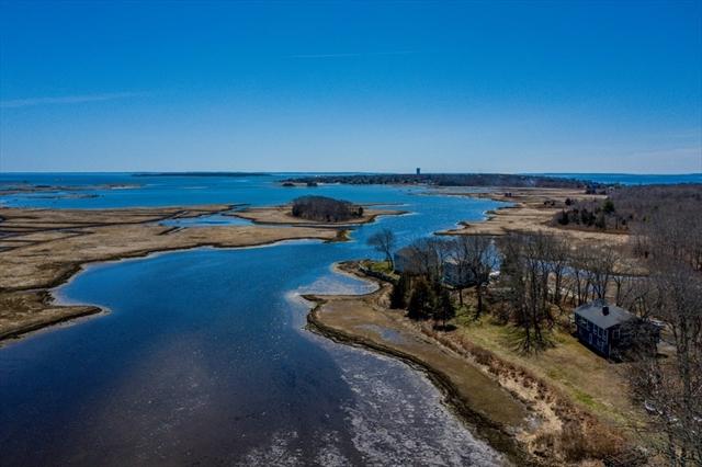 7 Peirces Point Fairhaven MA 02719