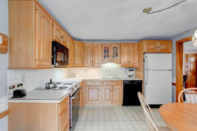 32 Fairmeadow Road Wilmington MA 01887