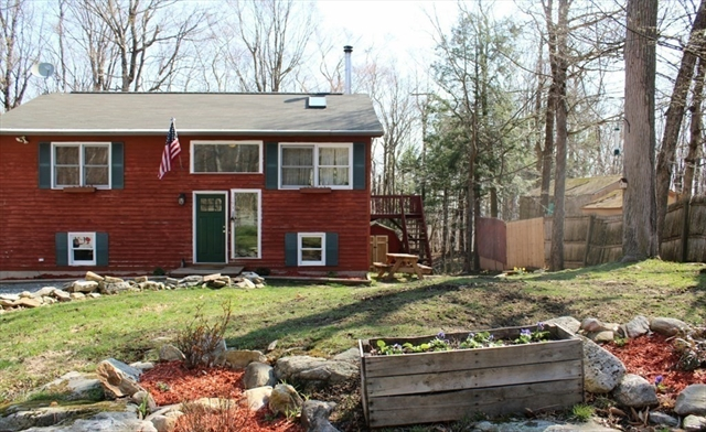 193 Black Arrow Way Becket MA 01223
