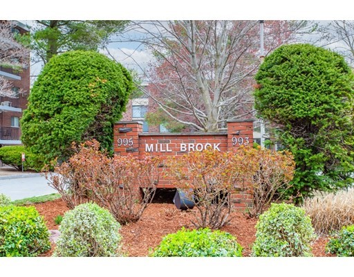 1 Bed, 1 Bath home in Arlington for $364,900
