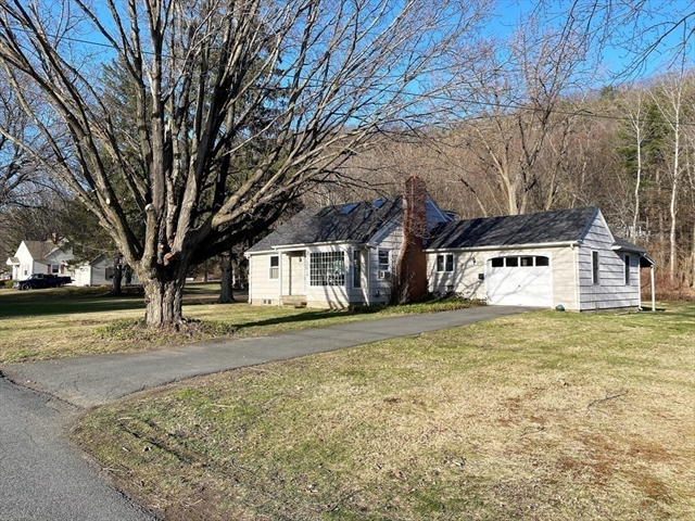 5 Cross Street Deerfield MA 01373
