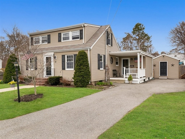 10 Lexington Drive Beverly MA 01915
