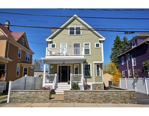 62 Durnell Ave, Boston, MA 02131