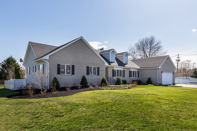 11 Broadmeadow Lane Abington MA 02351