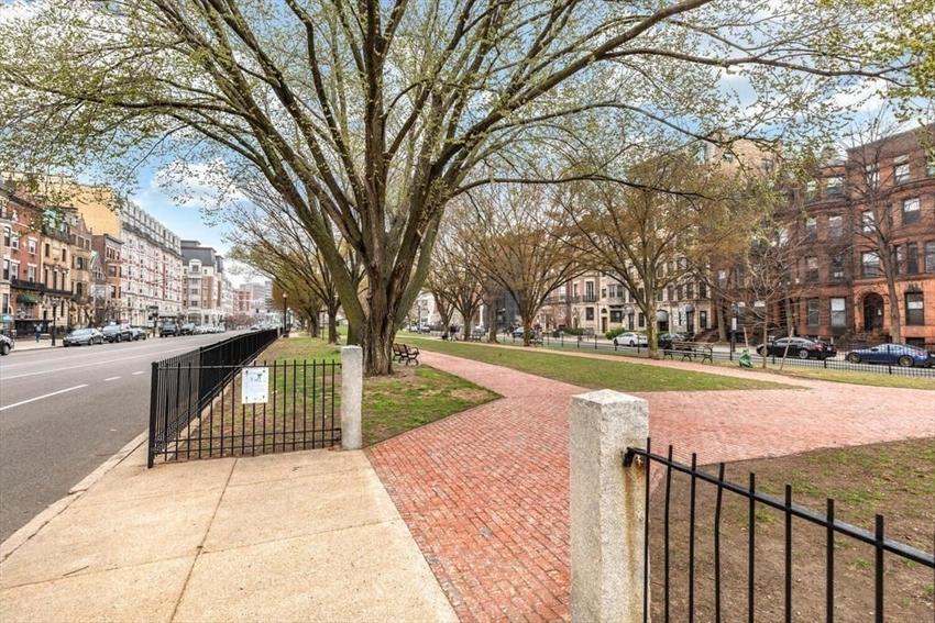 464 Commonwealth Avenue, Boston, MA Image 15