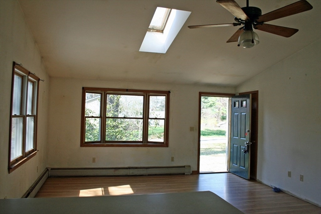 8 Sandy Point Road Lakeville MA 02347