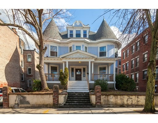67 Chester St, Boston - Allston, MA 02134