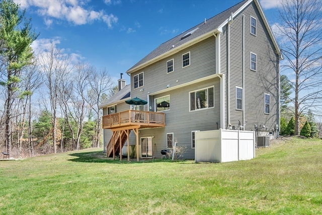 16 Foster Circle Reading MA 01867