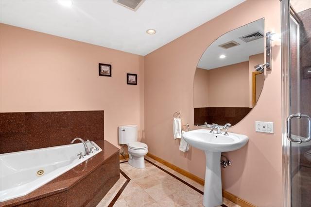 8 Livingston Circle Needham MA 02492
