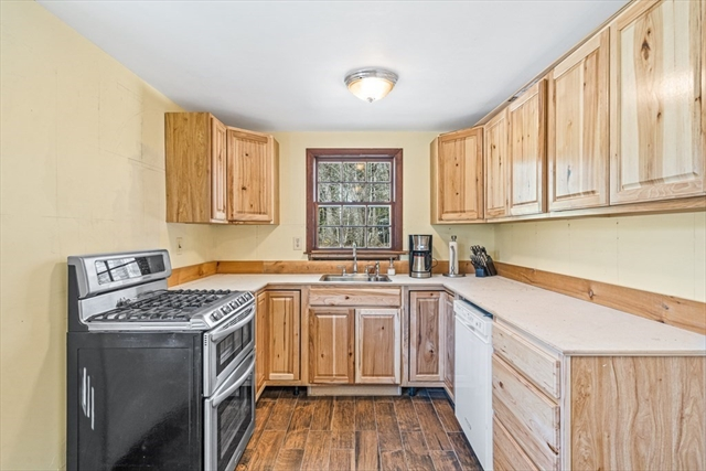 89 Willow Road Boxford MA 01921