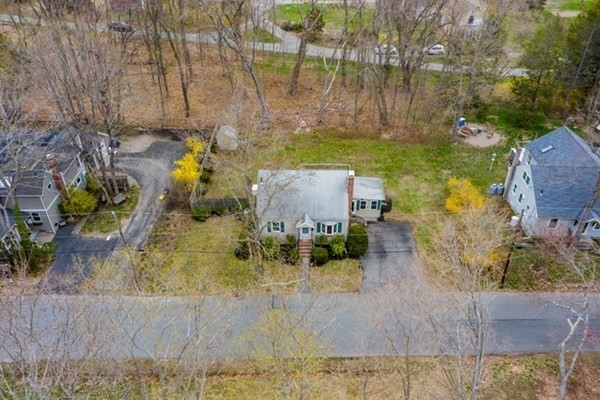 17 Cogswell Avenue Beverly MA 01915