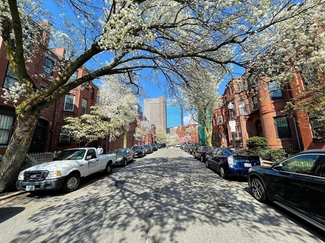 115 St Botolph Street Boston MA 02116