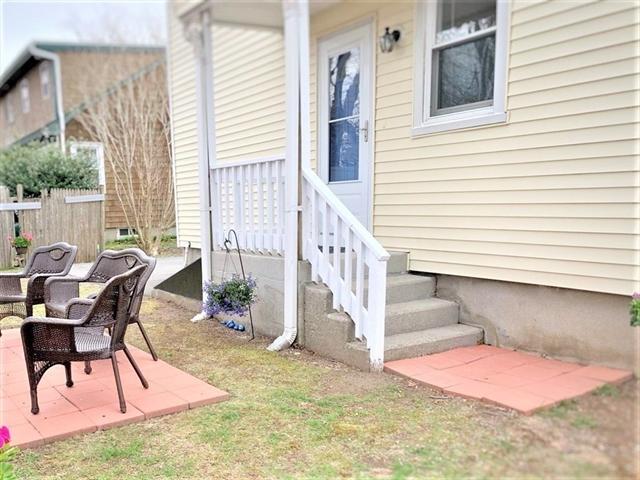 57 Lexington Avenue Dartmouth MA 02747